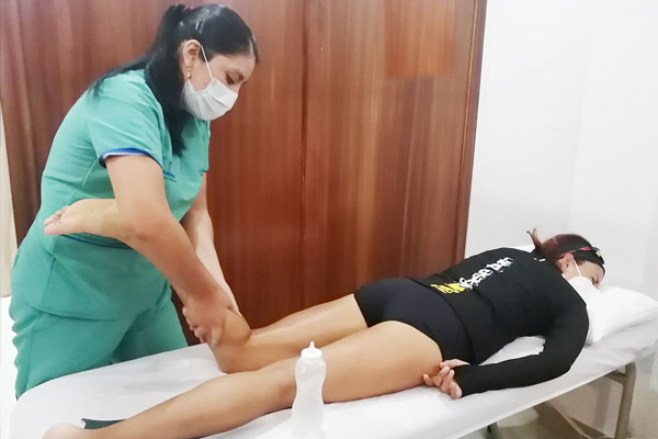 Masaje deportivo en sangolquí fisiomejorar
